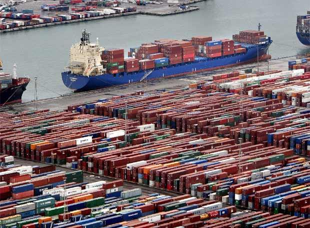 Barcos de contenedores edici n impresa el pa s - Contenedores de barco ...