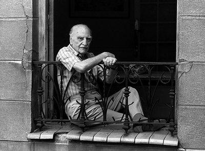 El escritor Francisco Ayala, retratado en 1992 en Madrid.- MIGUEL GENER