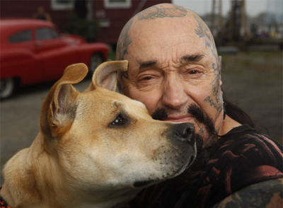 Protector de animales del programa 'Rescue Ink'