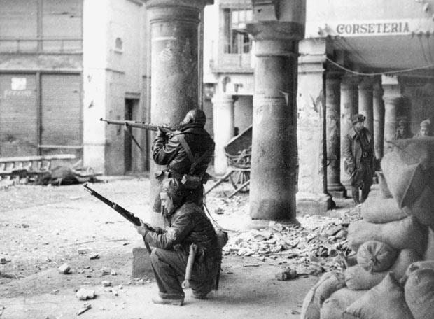 muertos en la guerra civil de espana: