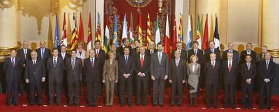 Los asistentes a la cuarta cumbre de presidentes autonómicos, que se celebró el pasado 14 de diciembre, en el Senado.- CRISTÓBAL MANUEL