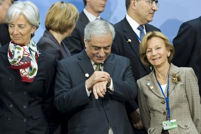 Elena Salgado (derecha), en Washington, junto a los ministros de Economía de Francia y Arabia Saudí.- AP