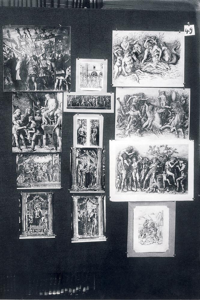 Panel número 49 ('Sentimiento contenido del triunfo. Mantegna') del Atlas Mnemosyne (Akal), de Aby Warburg.-