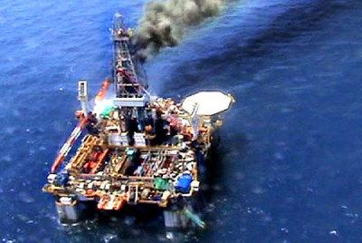 Plataforma petrolífera en Tarragona