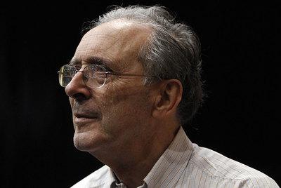El jesuita Jon Sobrino, ayer en el congreso de teólogos celebrado en Madrid.- ÁLVARO GARCÍA