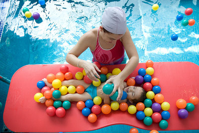 http://www.elpais.com/recorte/20100921elpepisal_1/LCO340/Ies/Tratamiento_ninos_paralisis_cerebral.jpg