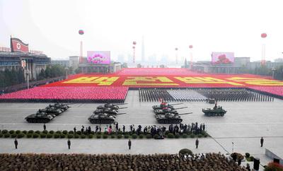 La dinastía norcoreana exhibe su fuerza