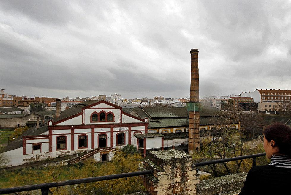 El complejo industrial de la antigua f brica de vidrio la - Fabricas de cristal en espana ...