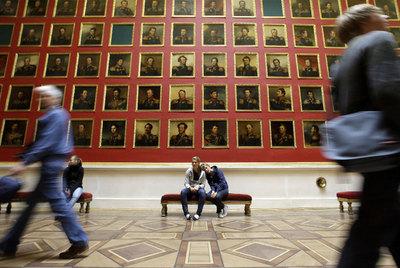 Una de las grandes salas del Ermitage de San Petersburgo.- REUTERS
