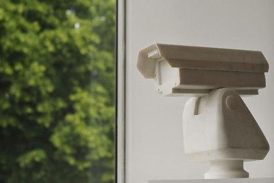 Con cámara de vigilancia, obra de Ai Weiwei en la Lisson Gallery.- AFP