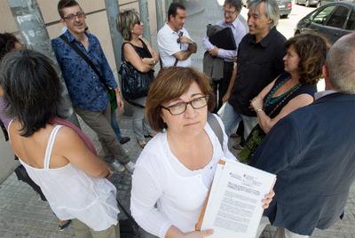 Decenas de trabajadores denuncian a la Generalitat- TEJEDERAS