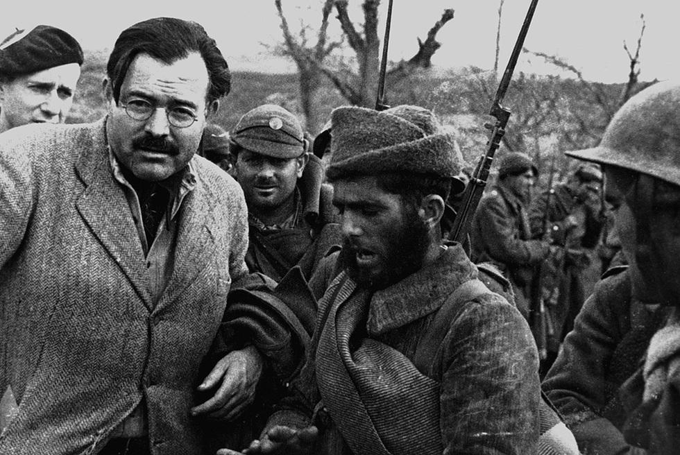 Hemingway, en el frente de Teruel