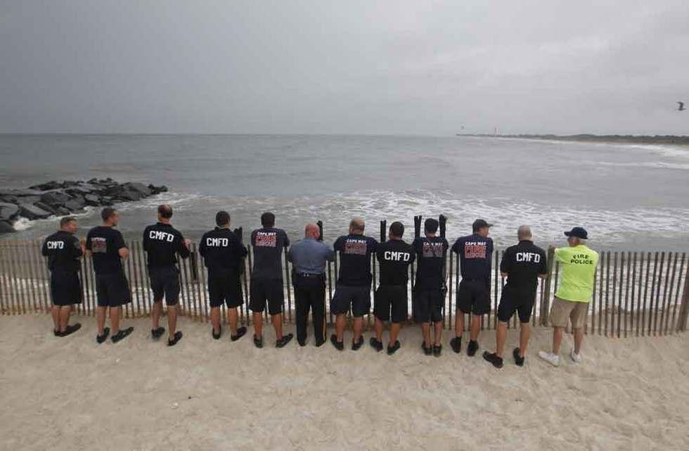 Miembros del equipo de emergencias de Cape May