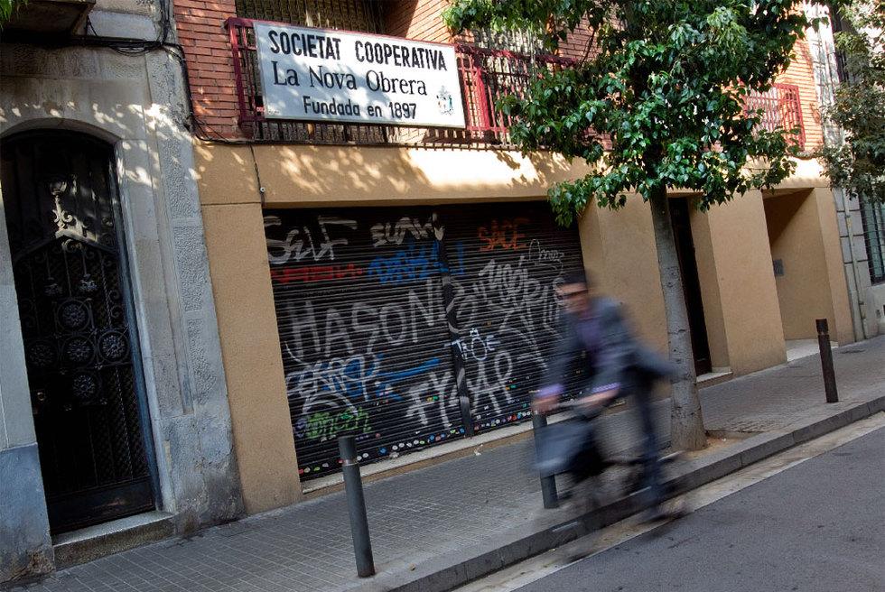 http://www.elpais.com/recorte/20111022elpcat_2/LCO340/Ies/Sociedad_Cooperativa_Nova_Obrera.jpg