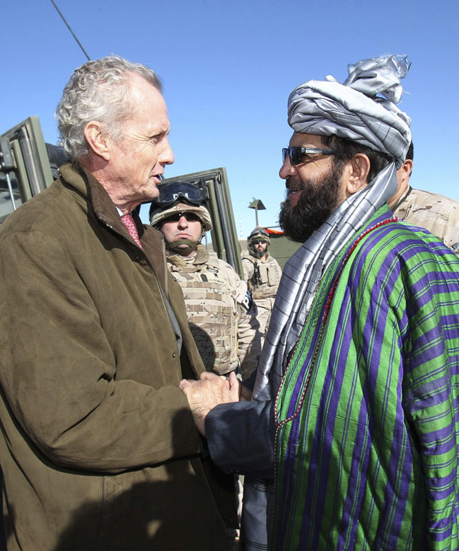 Defensa demora al menos seis meses el inicio de la retirada de Afganistán
