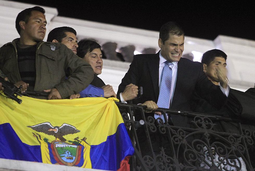 Correa, en el balcón del Palacio Presidencial
