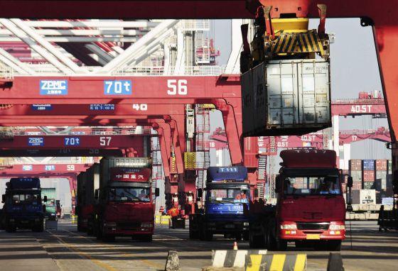 Las importaciones chinas se desploman un 15,3% en enero