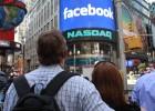 Facebook marca un hito en Bolsa a pesar de un discreto estreno bursátil