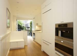 Vendida la casa m s estrecha de nueva york por 2 53 for Casas estrechas y alargadas