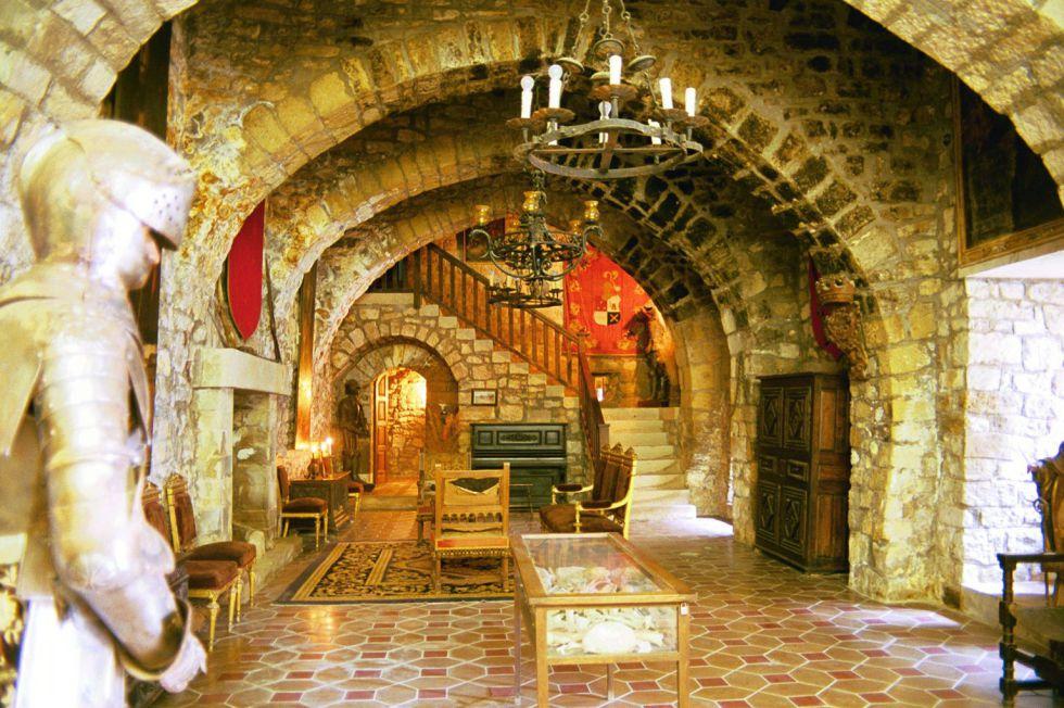 Casas de lujo mira este castillo en barcelona zona inmobiliaria - Casas de musica en barcelona ...