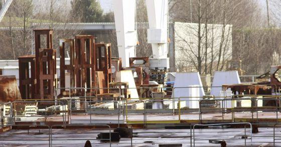 Navantia recibe con alivio el flotel de pemex para - Temperatura actual ferrol ...