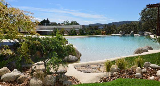 Una piscina de dise o vivienda el pa s for Diseno hidraulico de una piscina