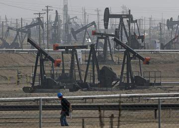 La AIE espera que el mercado del crudo vuelva al equilibrio en 2017