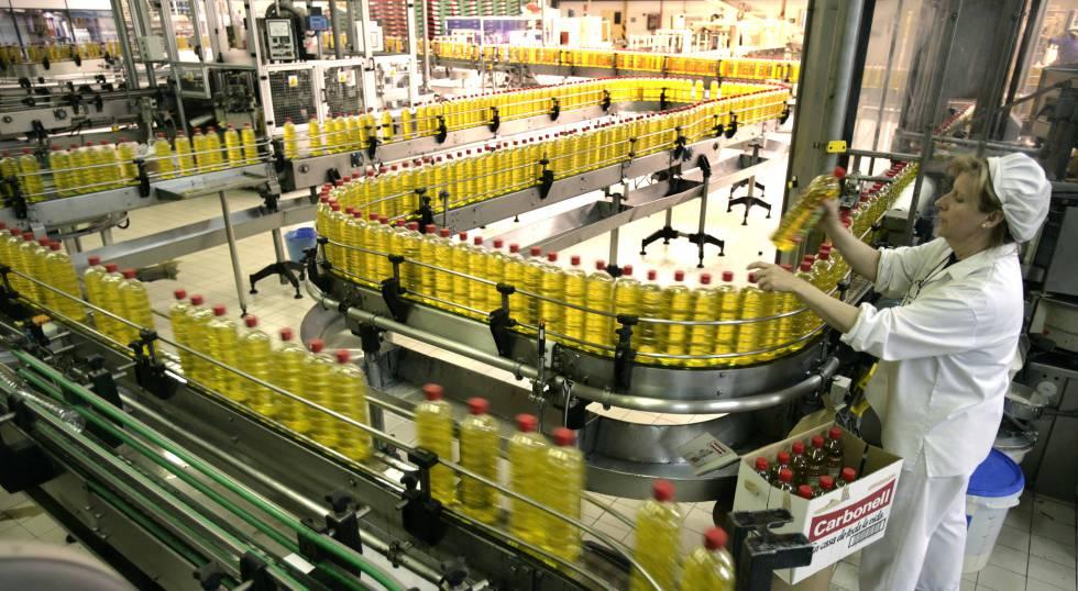 La exportaci n salva a la industria alimentaria en 2015 for Fabrica de placares en montevideo