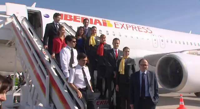Pilotos Iberia Express Iberia y Los Pilotos Firman la