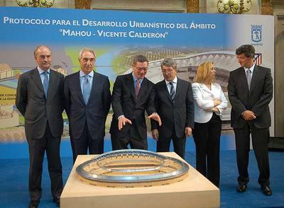[Uefa Champions League] Atlético de Madrid S.A.D. vs FC Porto Vista_aerea_estadio_Vicente_Calderon