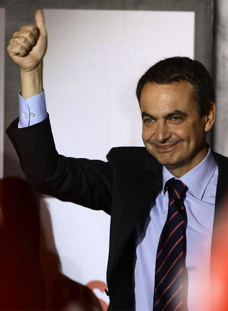 http://www.elpais.com/recorte/20080309elpepunac_81/LCO340/Ies/Zapatero_conocer_resultado.jpg