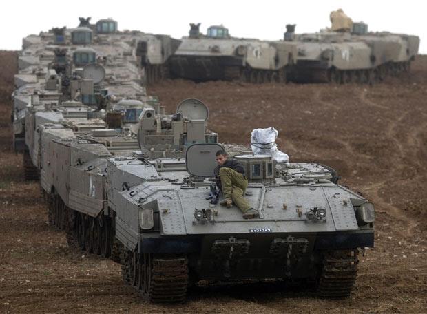 Tanques en torno a Gaza