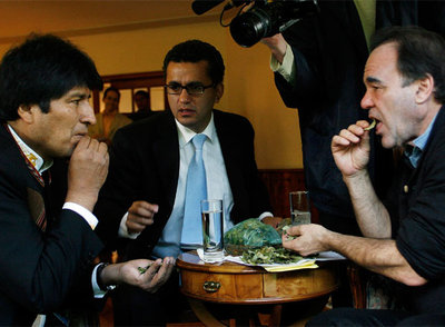 Stone entrevista a Morales