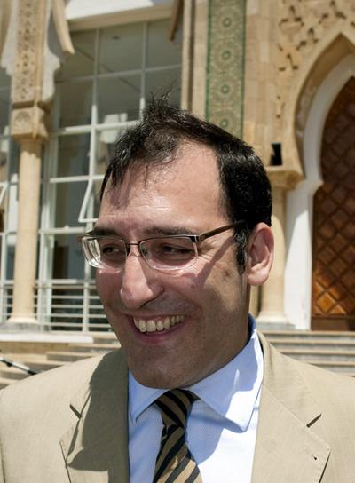 http://www.elpais.com/recorte/20090820elpepunac_7/XLCO/Ies/20090820elpepunac_7.jpg