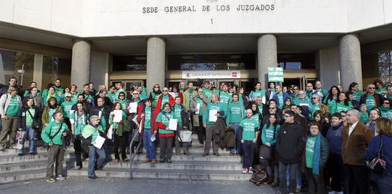 La camiseta verde, en los juzgados