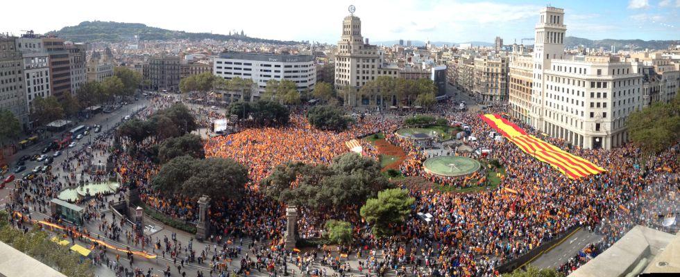 """Conflicto """"nacionalista"""" Catalunya, España. [1] 1381533398_123455_1381582610_portada_grande"""