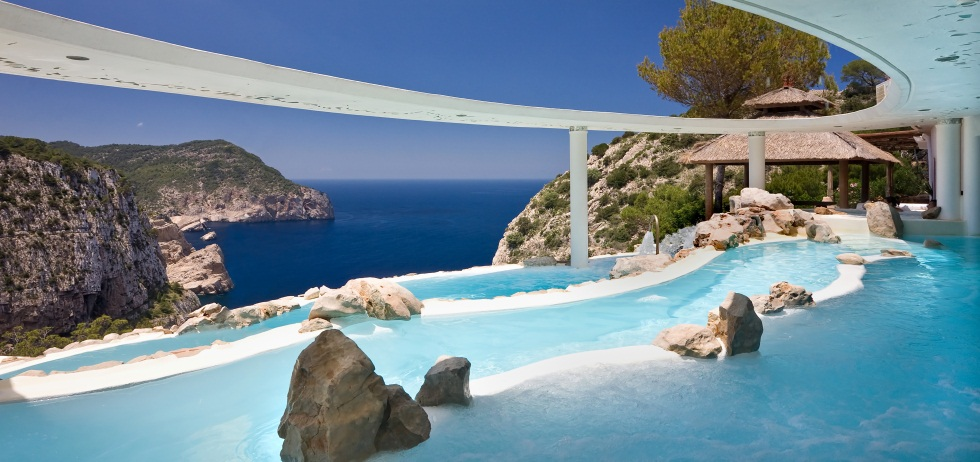 Las 15 mejores piscinas de hotel en espa a y portugal for Piscinas norte