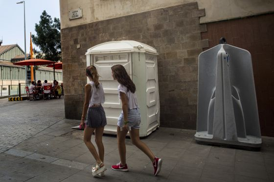 Retretes port tiles urinarios patri ticos opini n el pa s for Retretes modernos