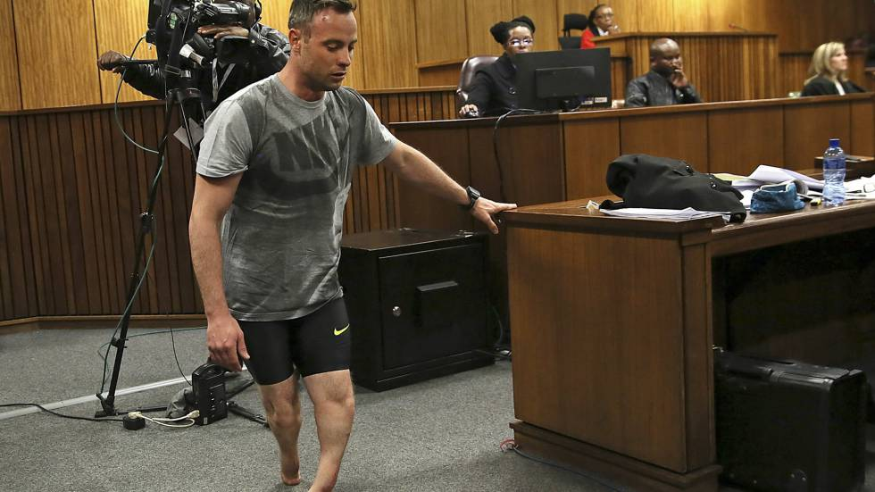 The Rise And Fall Of Oscar Pistorius In as well I Am Reeva South African Women See Pistorius Trial Litmus N77546 together with 1466001699 896855 together with Psiquiatra Ve Pistorius Traumatizado   Julgamento E   Risco De Suicidio 4541597 additionally Oscar Pistorius. on oscar pistorius and reeva steenkamp pos