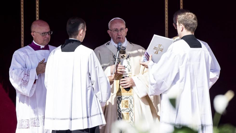 El papa Francisco preside de canonización de la Madre Teresa de Calcuta en el Vaticano.