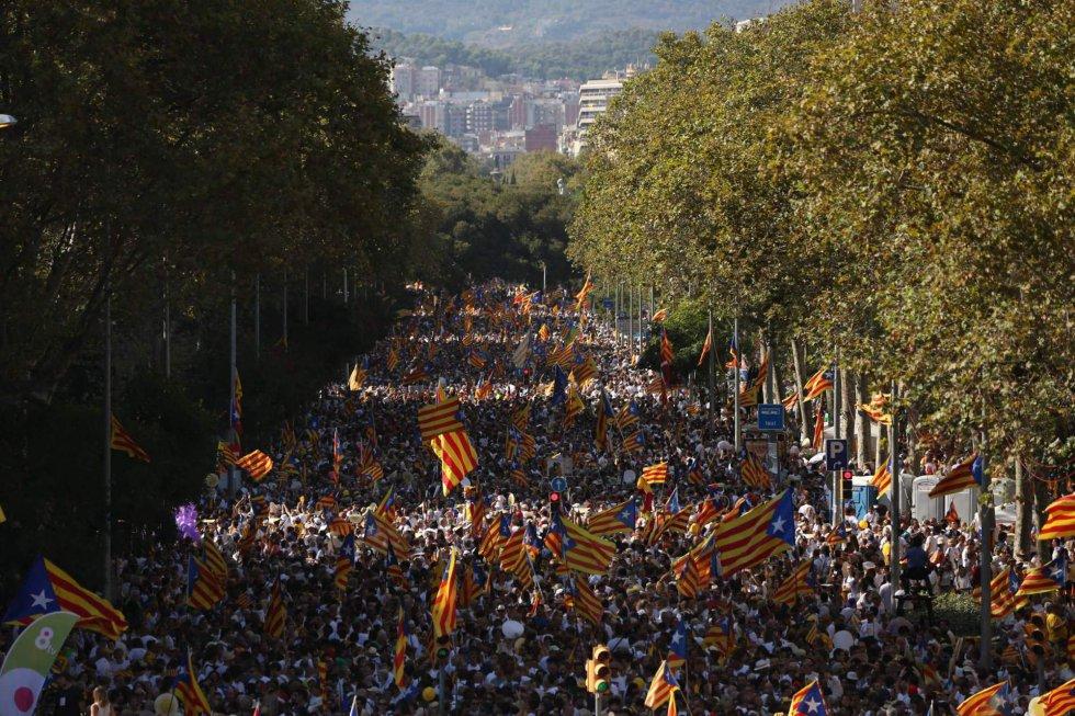 Aspecto del paseo de Sant Joan durante la concentración convocada por la Asamblea Nacional Catalana y Òmnium Cultural para la Diada de 2016.