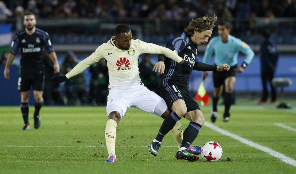Luka Modric, del Real Madrid, durante una jugada.