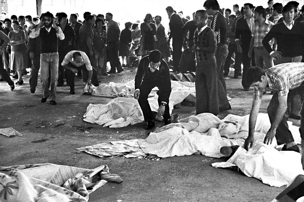 Una explosión en las conducciones de gas propano de la calefacción del grupo escolar Marcelino Ugalde de la localidad de Ortuella (Bizkaia) causó el 23 de octubre de 1980 la muerte a 48 niños y tres adultos y dejó heridas a otras 49 personas. La mayoría de los fallecidos eran alumnos del colegio de los primeros cursos de la antigua EGB.