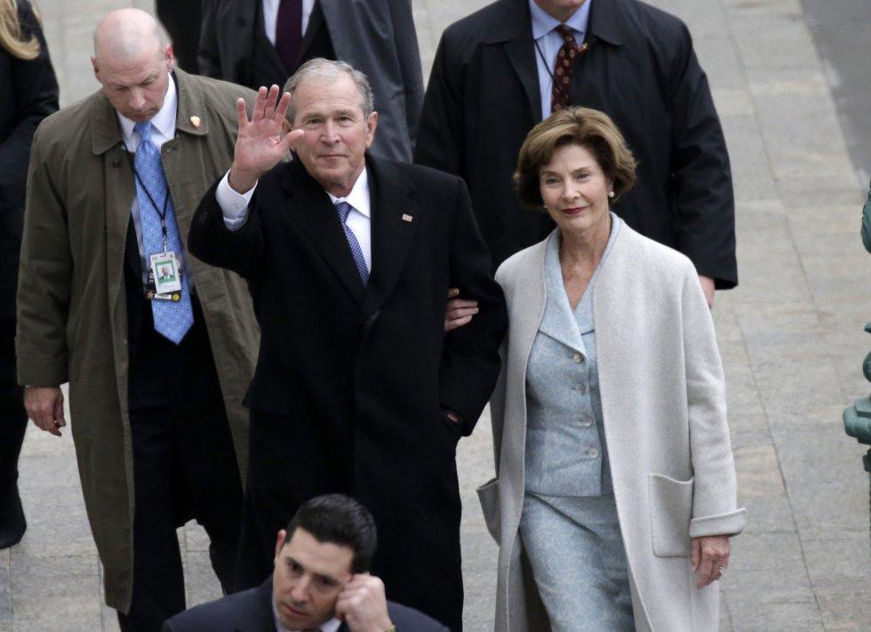 George W. Bush e sua esposa Laura Bush.