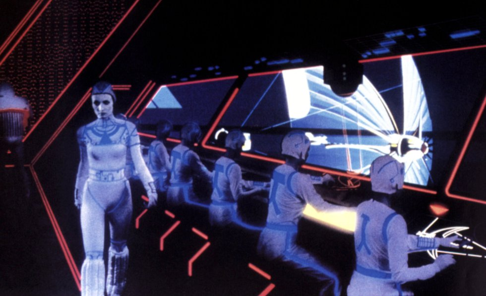 Estar dentro del programa. Vivir el videojuego. Esas son las circunstancias que afectan al protagonista de TRON (un joven Jeff Bridges) tras ser absorbido por un ordenador de la compañía informática para la que trabaja. Esas son las premisas de la realidad virtual. Kevin Flynn (el personaje de Bridges) no se pone unas gafas, pero el hecho es que disfruta de carreras de motos virtuales y de una versión futurista del jai-alai como si aquello fuese el mundo real, de forma muy similar a lo que hoy por hoy ofrecen los modelos de realidad virtual de alta gama, lanzados el año pasado.