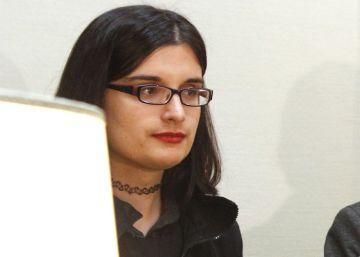 Los 13 tuits que han costado un año de cárcel a una joven de 21 años