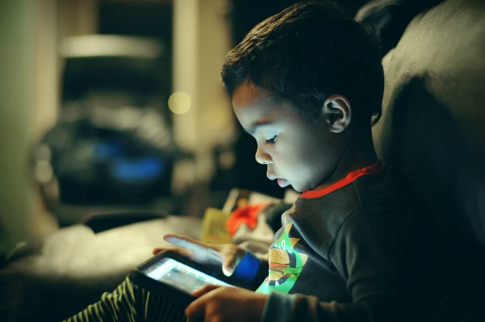 Tabletas y móviles ya estropean el sueño de los preescolares