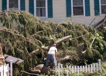 El día que un tornado convirtió a dos hermanas en expertas en desastres