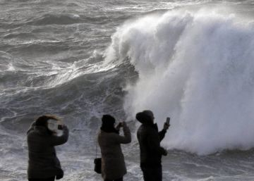 La borrasca Ana trae a España 24 horas de intensas lluvias y vientos