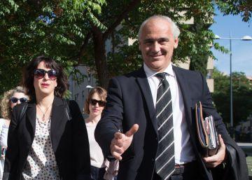 El abogado de Juana Rivas abandona el juicio y la deja sin defensa